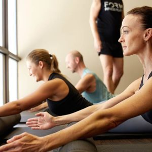 form complete pilates class